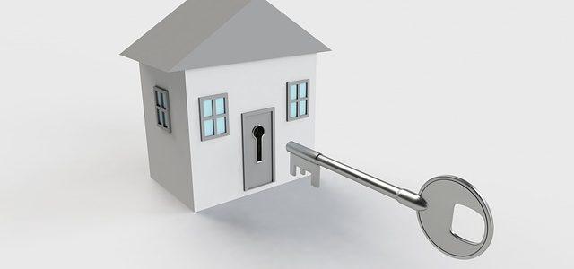 Transfert de bail et concubin en situation irrégulière sur le territoire